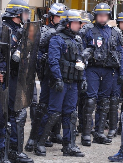 tenue_police_nationale_crs